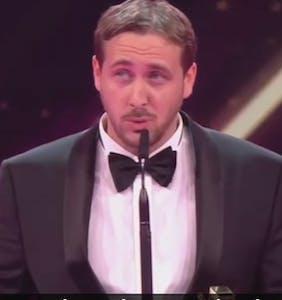 "Ryan Gosling lookalike accepts award for ""La La Land"" and ruins prestigious awards show"