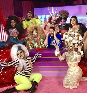 'Hey Qween' gets downright spooky with 'Dragula' reunion