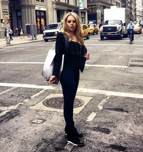 Tiffany Trump requires not 1, not 2, but 3 cars full of Secret Service agents when she shops