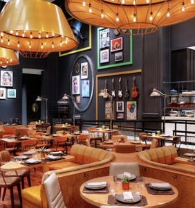 5 Las Vegas celebrity chef restaurants to blow the mind of your date or buddy
