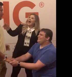 Kelly Clarkson helped this gay couple get engaged before reading them for filth