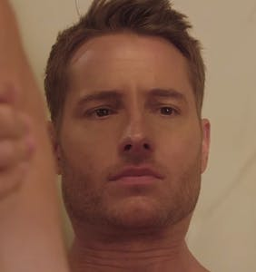 "Soap star Justin Hartley does ""romantic"" things with his butt-crack"