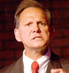 """""""Family values"""" candidate Roy Moore accused of seducing 14-year-old girl"""