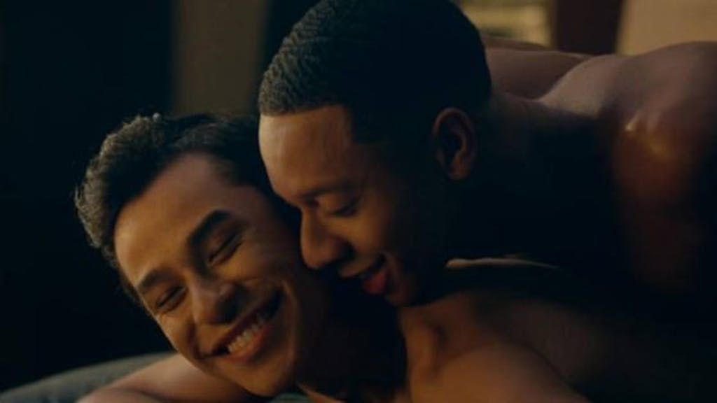 Gifs From That Awkwardly Hot Gay Sex Scene On Dear White People