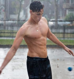 Playing gay pays: Meet Harris Dickinson, 'Beach Rats' star heading to the big time