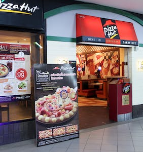 Pizza Hut springs into damage control over transphobic tweet