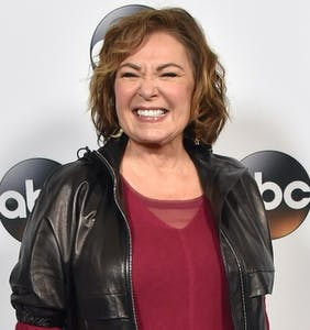 "Roseanne reveals how her character dies in TV spinoff ""The Conners"""