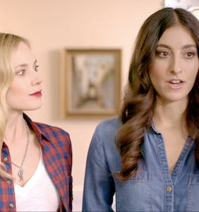 'Lez Bomb' adds a queer twist to traditional Thanksgiving family dinner comedy