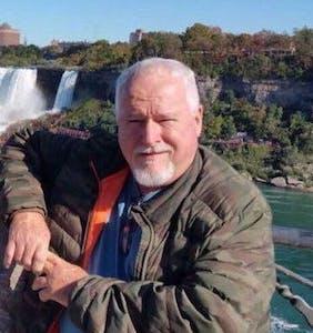 Toronto serial killer Bruce McArthur pleads guilty to murdering 8 gay men