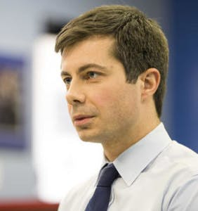 Mayor Pete gets emotional talking to second grader about gun control