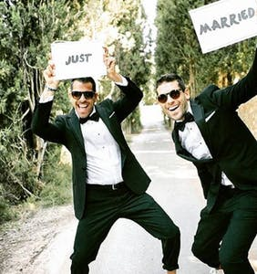 """PHOTOS: Forget """"boyfriend twins,"""" the latest fad is """"twinning grooms"""""""