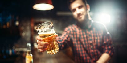 "Married father of six says he's ""1,000,000%"" straight… until he gets drunk"