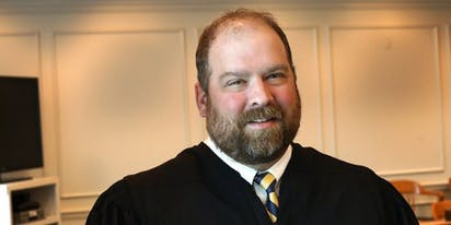 """Ohio judge apologizes for calling gay people """"savages"""" who deserve to die of AIDS"""