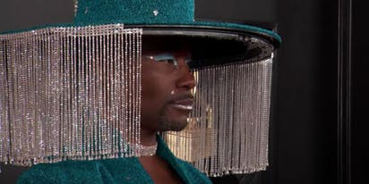Billy Porter wows red carpet with meme-perfect, motorized hat