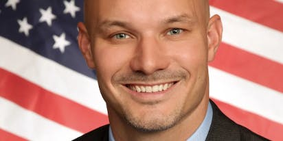 """""""Family values"""" candidate busted for having Ashley Madison account: """"It was a moment of weakness"""""""