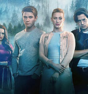 'Riverdale' star comes out as bi