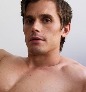 PHOTOS: Antoni Porowski shaves it all off