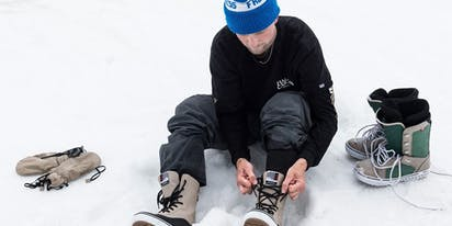 """Pro snowboarder Jake Kuzyk comes out: """"I'm very proud to be gay!"""""""