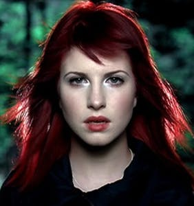 Paramore singer Hayley Williams blasts homophobia; pays homage to queer fans